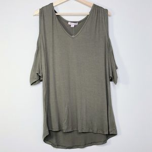 NWT Extra Touch Green Cold Shoulder High/low Tunic
